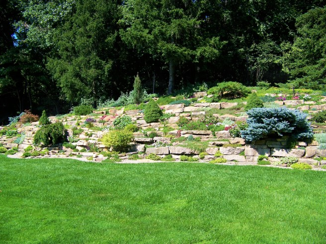 Meadow Brook Garden Rock Wall